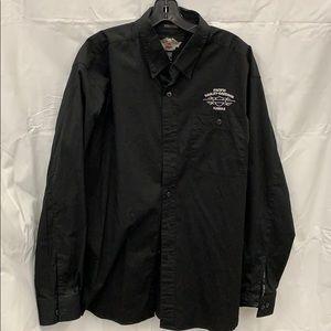 Hawaii black button front shirt Large